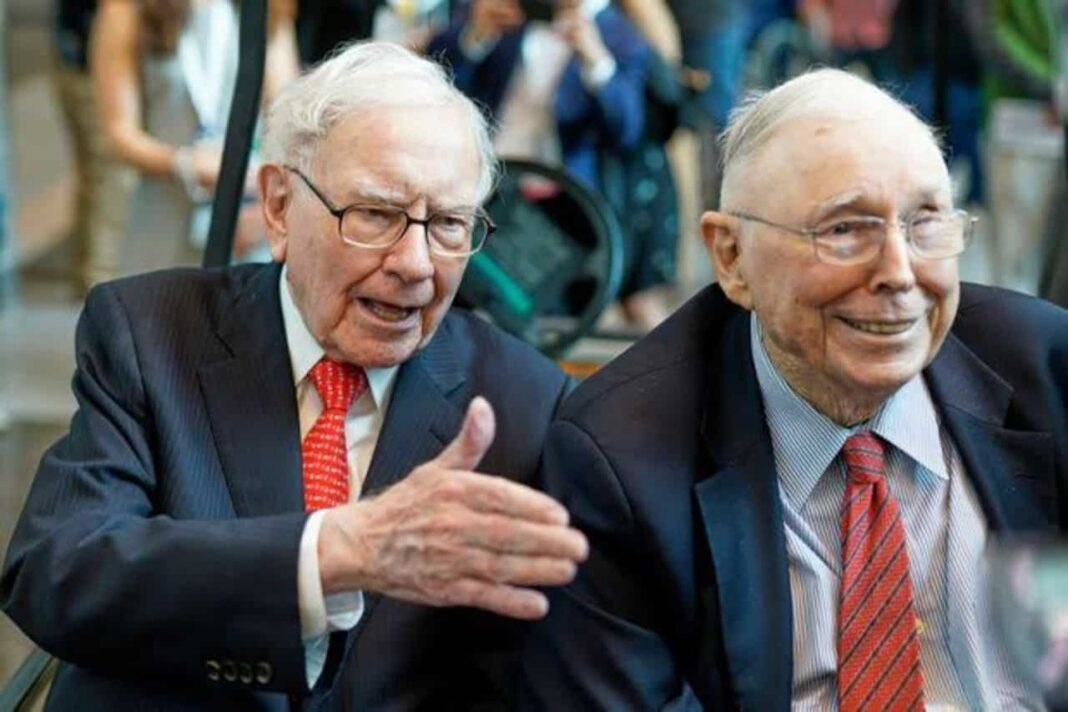 The 'Civil' Charlie Munger Applauds Chinese Authoritarianism, Faces Backlash